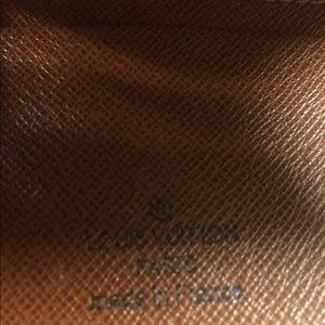 Louis Vuitton Bags - LouisVuitton Ladies Wallet. Authentic.